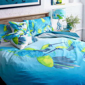 Sipping Nectar Duvet Set