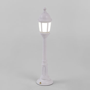 'Blow' Street Lamp - White