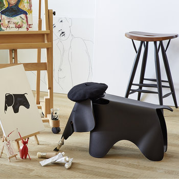 Eames Elephant - Deep Black