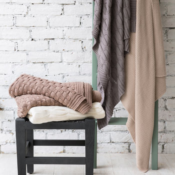 Cable Knit Throw - Dark Grey