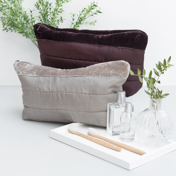 Silk Wash Bag - Silver