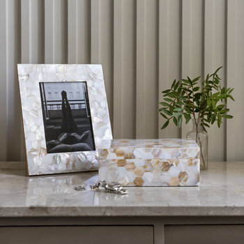 Mother of Pearl Photo Frame - 5x7""