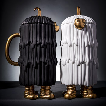 Djuna Coffee/Tea Pot - Black & Gold