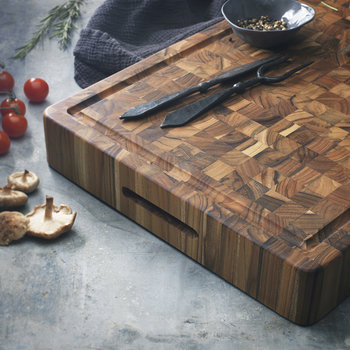 Rectangle Chopping Board With Hand Grip