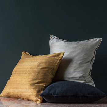 Silk Cushion - Black - 45x45cm