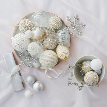 Pearl Cluster Christmas Tree Decoration - Cream