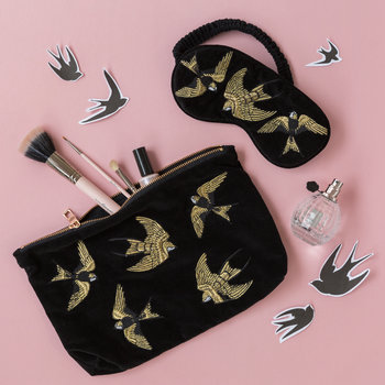 Amara X ES Velvet Swallow Travel Pouch - Black