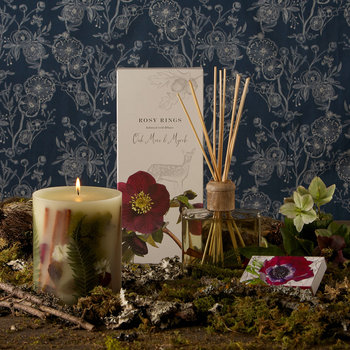 Botanical Scented Candle - Oak Moss & Myrrh