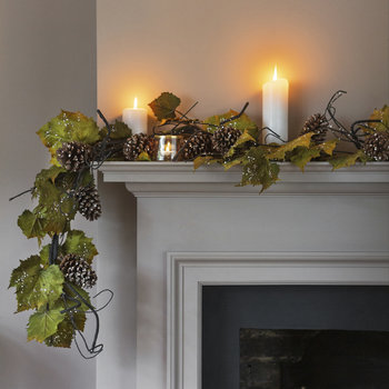 Leaf and Pine Cone Garland - Green/Brown