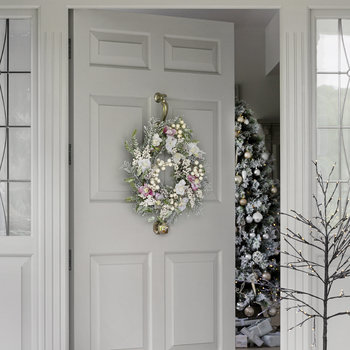 Snowy Hellebore and Fir Wreath