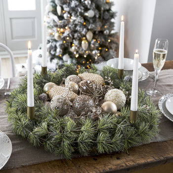 Snowy Wreath with Candle Holder