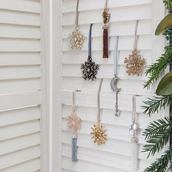 Snowflake Tassel Tree Decoration