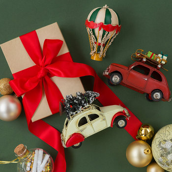 Car with Christmas Tree Ornament - Cream/Red
