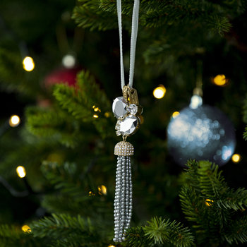 Tassel Tree Decoration with Pearl - Gray/Pearl