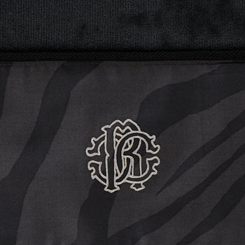 Macro Zebrage Towel - Dark Gray