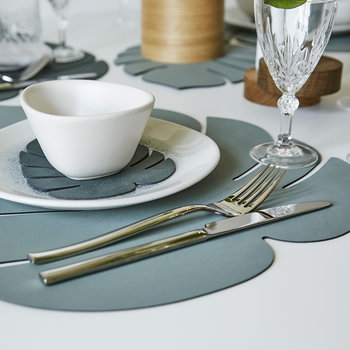 Monstera Leaf Table Mat - Large - Pastel Green