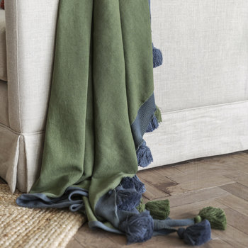 Pom Pom Knitted Throw - 130x170cm - Blue & Green