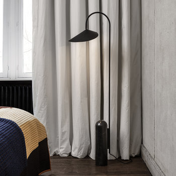 Arum Floor Lamp - Black