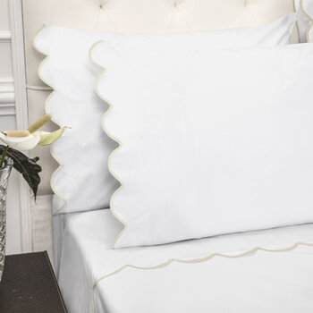 Scallop Pillowcase - Set of 2 - White/Taupe