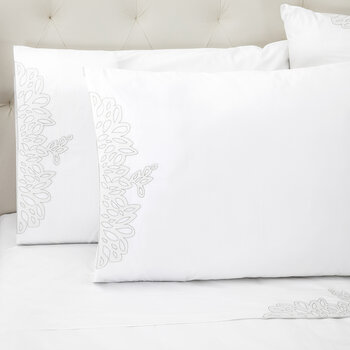 Wallis Pillowcase - Set of 2 - White/Silver