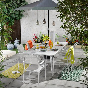 Outdoor Extendable Dining Table - White