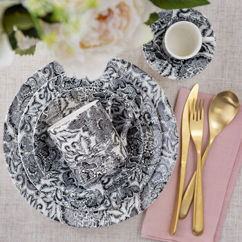 Faded Peony Dinner Plate - Black