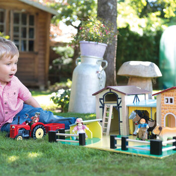 Wooden Farm Yard Set