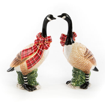 Holiday Goose Salt & Pepper Set