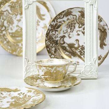 Aves Gold Teacup