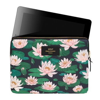 Nenuphares iPad Case