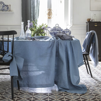 Florence Tablecloth - 170x170 - Aegean Blue