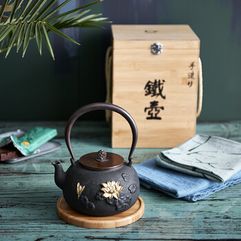 Pure Lotus Teapot
