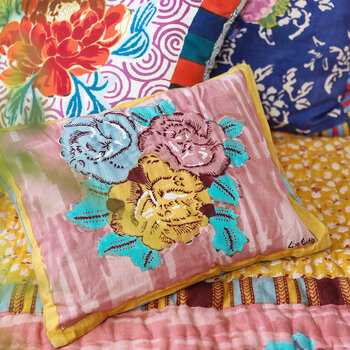 Paradise Garden Cushion - Old Pink