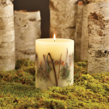 Rosy Rings 200 Hour Botanical Candle - Forest