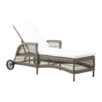 Daisy Outdoor Sunbed - Antiqued Grey