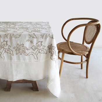 Embroidered Tablecloth - 170x250cm - White