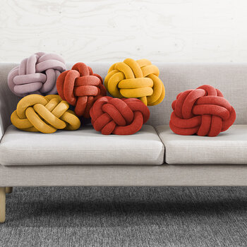 Knot Cushion - 30x30cm - Red