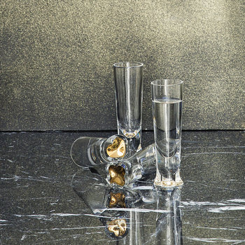 Naipes Case with 4 Shot Glasses