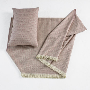 Fleck Throw - 150x180cm - Pink