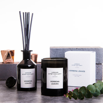 Luxury Reed Diffuser - Black Glass - Verbena Leaves