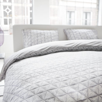 Monogami Duvet Set - White/Grey