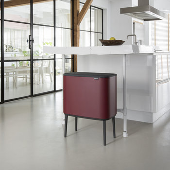 Bo Touch Bin - Mineral Windsor Red