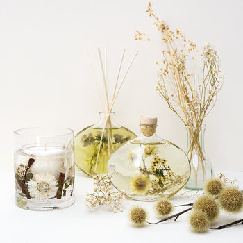 Nature's Gift Reed Diffuser - 200ml - Oud & Amber