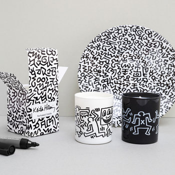 Keith Haring Scented Candle - Men Drawing - Ginger, Saffron & Musk