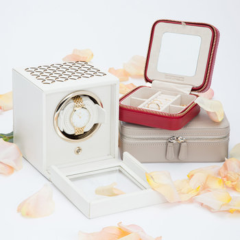 Chloe Single Watch Winder with Cover - Cream