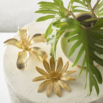 Lily Flower - Gold
