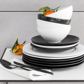 Monroe Stoneware Dinner Plate - Matt Black