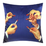 toiletpaper-cushion-cover-50x50cm-lipsticks