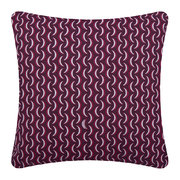bananes-outdoor-cushion-45x45cm-plum