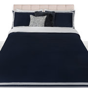 viena-300-thread-count-sateen-duvet-set-navy-white-super-king